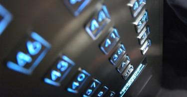 4 motivos para vender indoor mídia em elevador