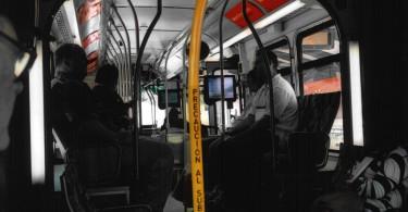 Vantagens da venda de mídia em ônibus com TV embarcada